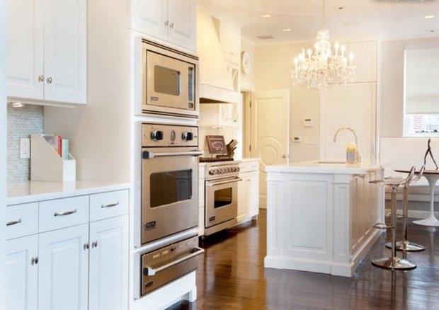 Фотография: Кухня и столовая в стиле Эклектика, Квартира, Дома и квартиры, Пентхаус, Картины – фото на INMYROOM