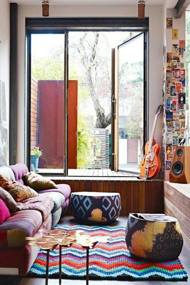 Фотография: Декор в стиле Прованс и Кантри, Гостиная, Восточный, Эклектика, Декор интерьера, Красный, Желтый, Синий, Розовый, Фуксия – фото на INMYROOM
