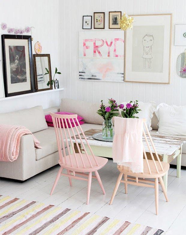 Фотография: Гостиная в стиле Лофт, Декор интерьера, Дизайн интерьера, Цвет в интерьере, Белый – фото на INMYROOM