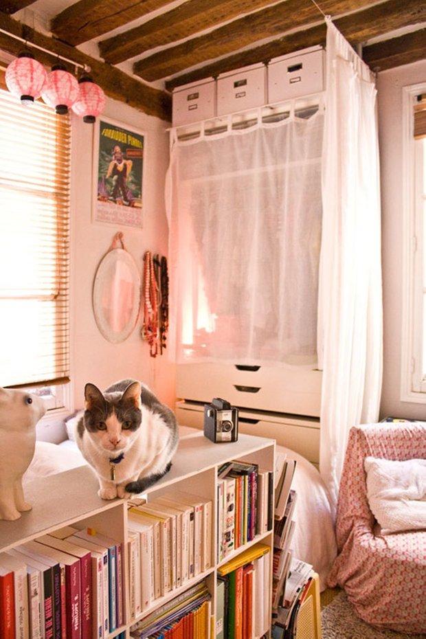 Фотография:  в стиле Прованс и Кантри, Современный, Декор интерьера, Дом, Декор дома, Системы хранения, Шторы – фото на INMYROOM