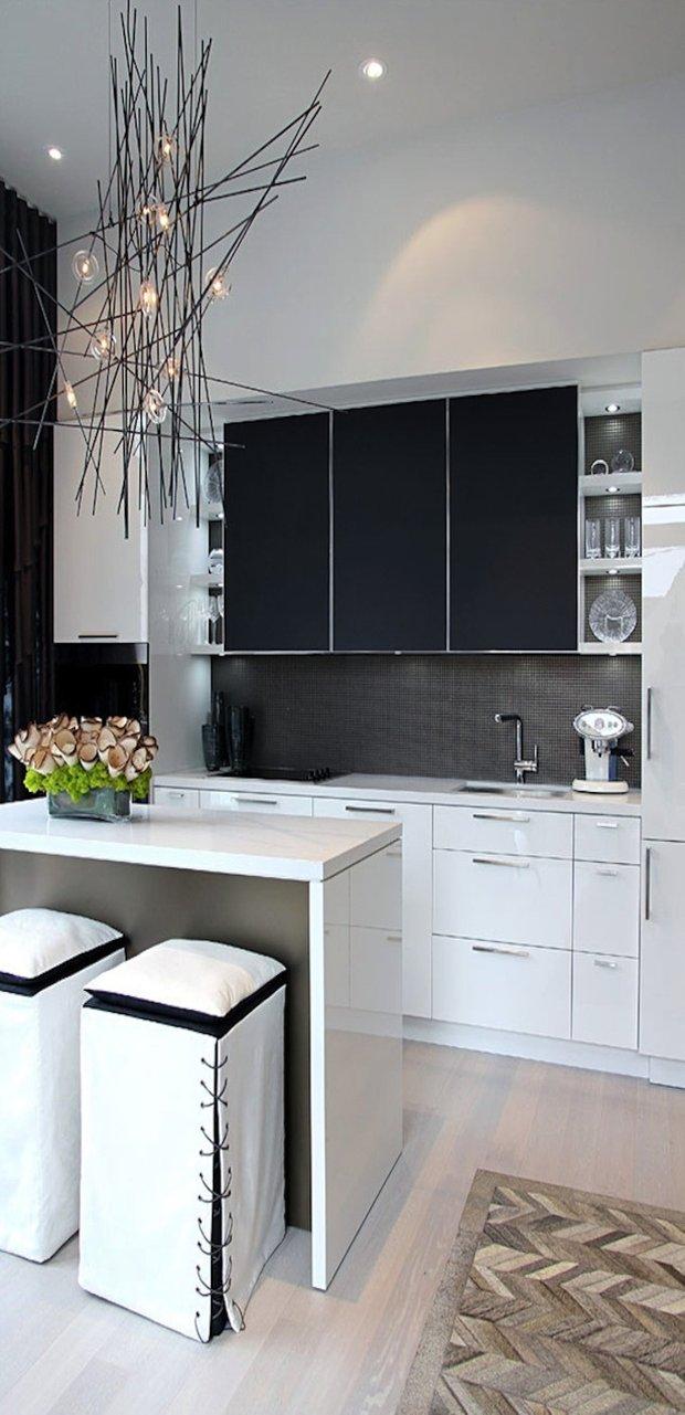 Фотография: Кухня и столовая в стиле Лофт, Современный, Интерьер комнат, Цвет в интерьере, Белый – фото на INMYROOM
