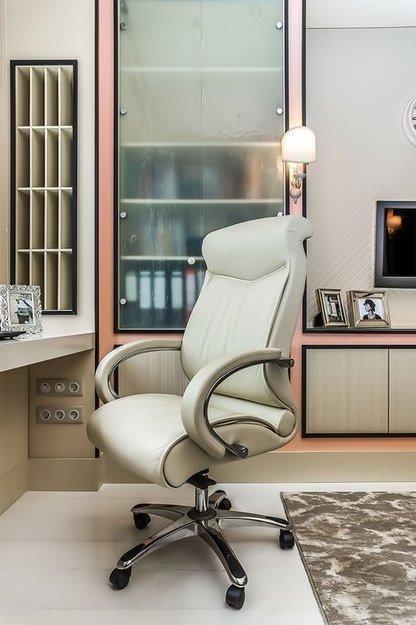 Фотография: Кабинет в стиле Современный, Интерьер комнат – фото на INMYROOM