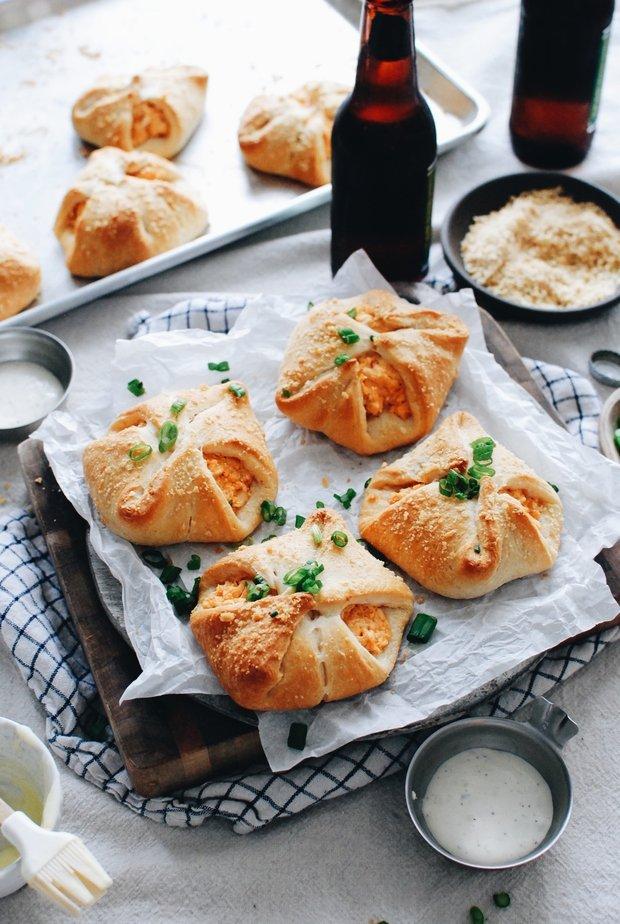 Фотография:  в стиле , Закуска, Выпекание, Закуски, Кулинарные рецепты, 30 минут, Американская кухня, Просто, Куриная грудка – фото на INMYROOM