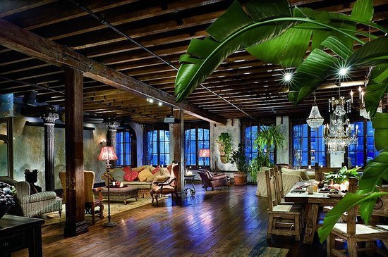 Фотография: Гостиная в стиле Прованс и Кантри, Лофт, Декор интерьера, Квартира, Дома и квартиры, Интерьеры звезд – фото на INMYROOM