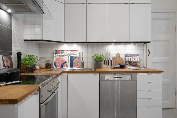 Фотография: Кухня и столовая в стиле Скандинавский, Малогабаритная квартира, Квартира, Швеция, Дома и квартиры, Гетеборг – фото на INMYROOM