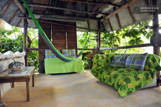 Фотография: Детская в стиле Современный, Декор интерьера, Текстиль, Airbnb, Гамак – фото на INMYROOM