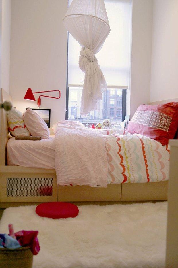 Фотография: Спальня в стиле Скандинавский, Декор интерьера, DIY, Текстиль, Декор, Мебель и свет, Текстиль, Стиль жизни, Советы – фото на INMYROOM