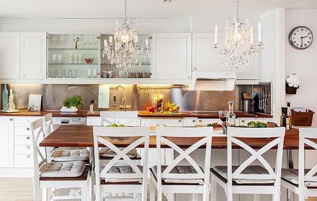 Фотография: Кухня и столовая в стиле Скандинавский, Интерьер комнат, Цвет в интерьере, Белый, Проект недели – фото на INMYROOM