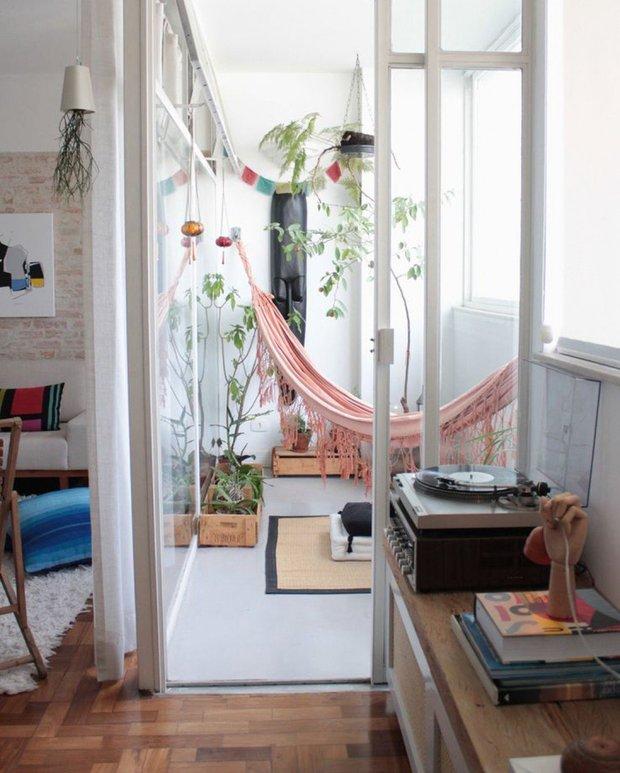 Фотография: Балкон в стиле Скандинавский, Советы, уборка, городской балкон – фото на INMYROOM