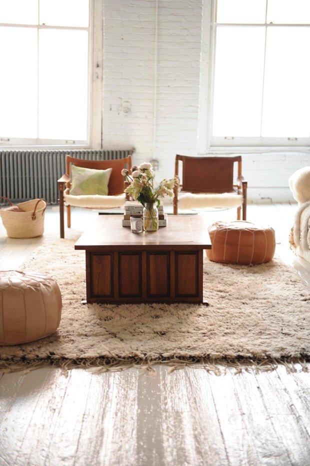 Фотография: Гостиная в стиле Скандинавский, Восточный, Декор интерьера, Мебель и свет – фото на INMYROOM