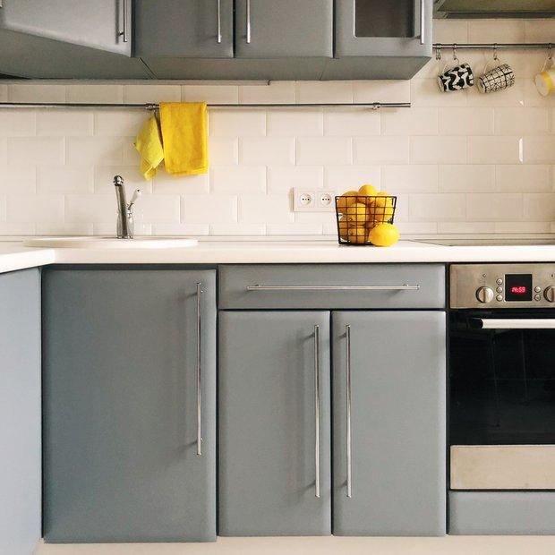 Фотография: Кухня и столовая в стиле Современный, DIY, работа с краской, Саша Мершиев – фото на INMYROOM