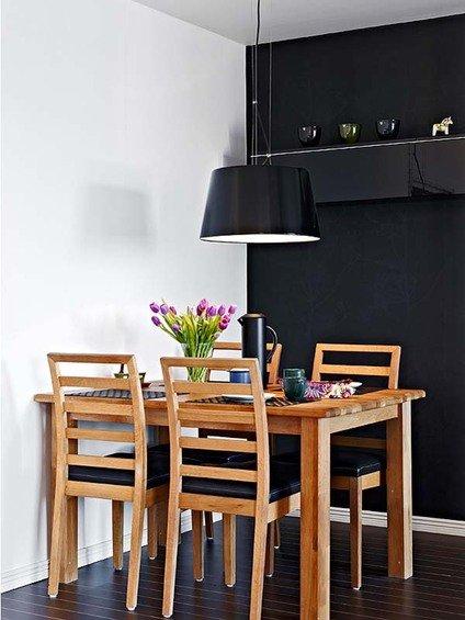 Фотография: Кухня и столовая в стиле Минимализм, Малогабаритная квартира, Квартира, Швеция, Дома и квартиры – фото на INMYROOM