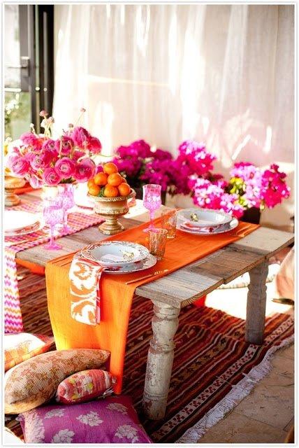 Фотография: Кухня и столовая в стиле Прованс и Кантри, Классический, Современный, Декор интерьера, Дизайн интерьера, Цвет в интерьере, Оранжевый – фото на INMYROOM