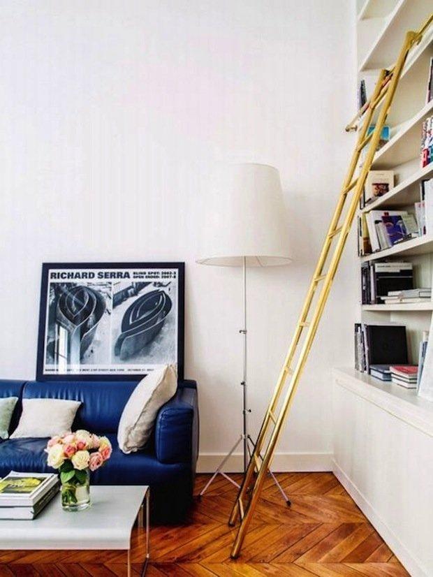 Фотография: Гостиная в стиле Скандинавский, Декор интерьера, Декор дома, Библиотека – фото на INMYROOM