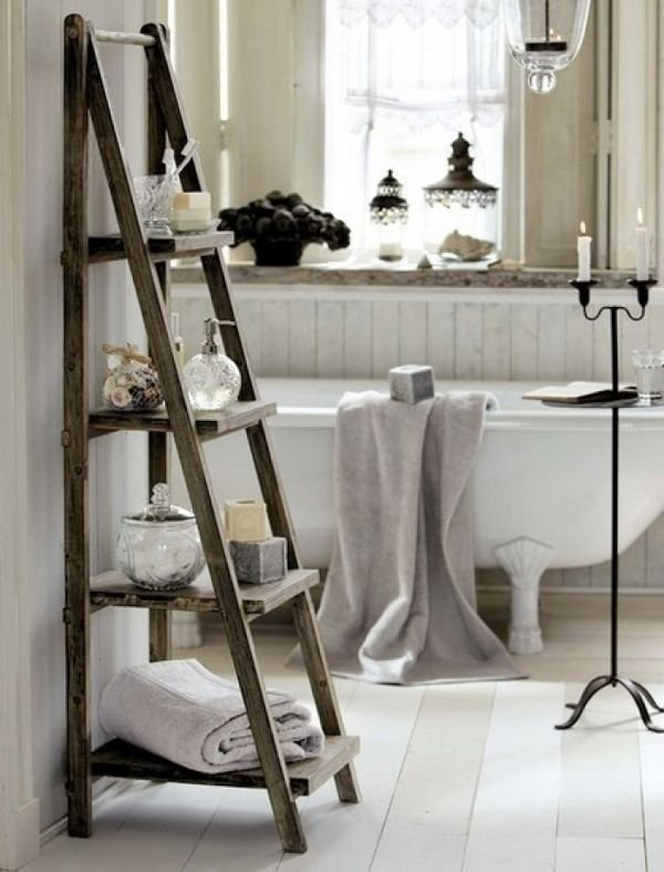 Фотография: Ванная в стиле Скандинавский, Декор интерьера, Декор дома, Советы, Лестница – фото на INMYROOM