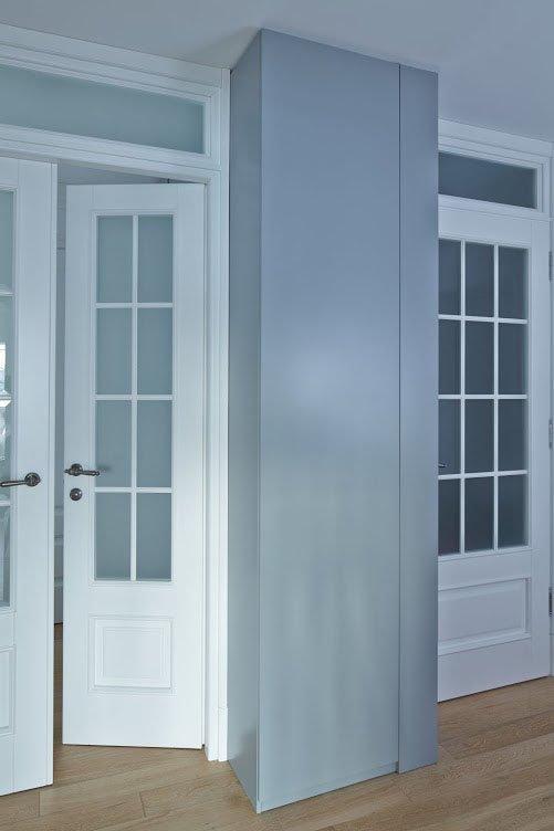 Фотография: Прихожая в стиле Современный, Скандинавский, Квартира, Цвет в интерьере, Дома и квартиры, Перепланировка, Серый – фото на INMYROOM