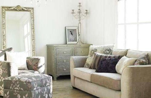 Фотография: Гостиная в стиле , Декор интерьера, Мебель и свет, Советы – фото на INMYROOM
