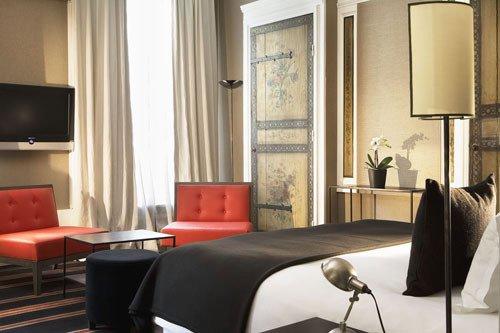 Фотография: Спальня в стиле Эклектика, Индустрия, Люди – фото на INMYROOM