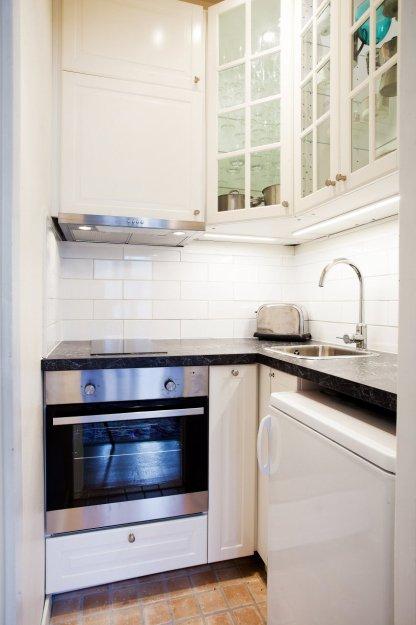 Фотография: Кухня и столовая в стиле Скандинавский, Гостиная, Классический, Малогабаритная квартира, Квартира, Дома и квартиры, Стокгольм – фото на INMYROOM