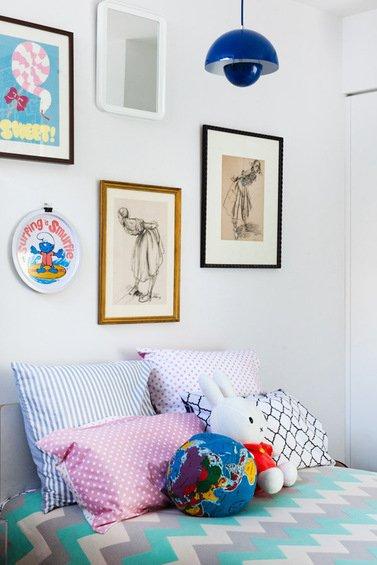 Фотография: Спальня в стиле Прованс и Кантри, Декор интерьера, Дом, Цвет в интерьере, Дома и квартиры, Стены – фото на INMYROOM