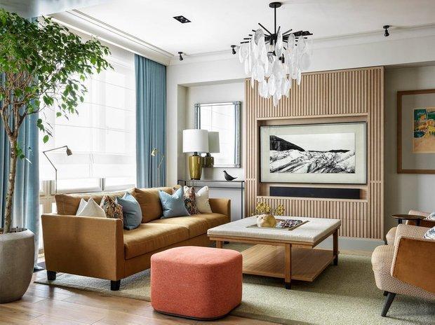 Фотография: Гостиная в стиле Современный, Гид, желтый диван, желтый диван в интерьере – фото на INMYROOM