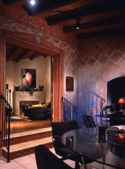 Фотография: Гостиная в стиле Восточный, Эклектика, Декор интерьера, Декор дома, Цвет в интерьере, Обои – фото на INMYROOM