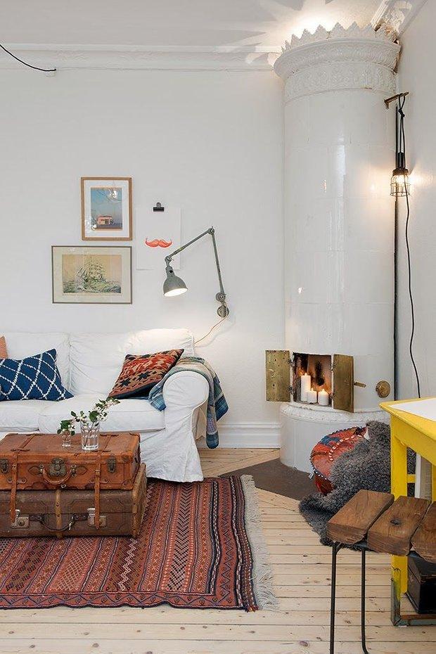 Фотография: Гостиная в стиле Скандинавский, Декор интерьера, Мебель и свет, Декор дома, Советы, Ковер – фото на INMYROOM