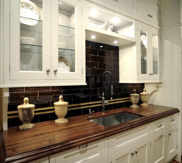 Фотография: Кухня и столовая в стиле Прованс и Кантри, Классический, Современный, Интерьер комнат, Тема месяца – фото на INMYROOM