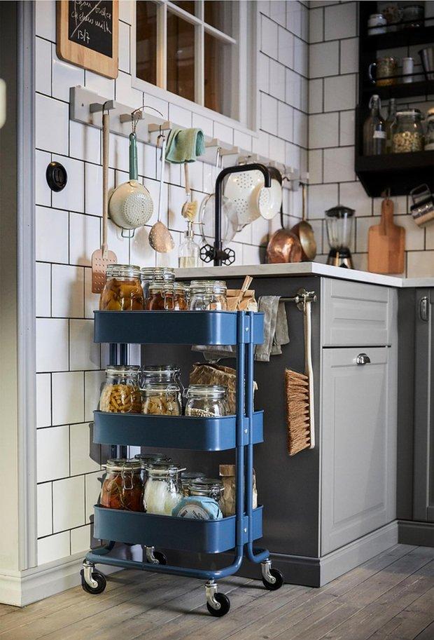 Фотография:  в стиле , Кухня и столовая, Советы, баночки для специй – фото на INMYROOM