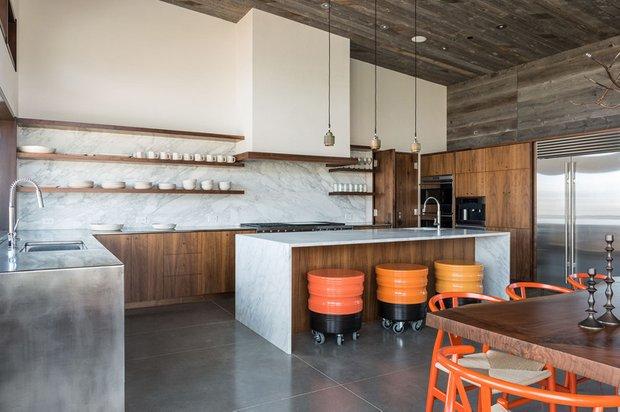 Фотография: Кухня и столовая в стиле Современный, Дом, Дома и квартиры, Дом на природе – фото на INMYROOM