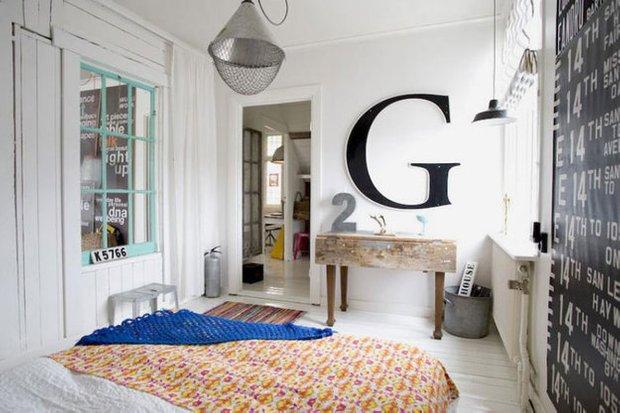 Фотография: Спальня в стиле Скандинавский, Минимализм, Декор интерьера, Мебель и свет – фото на INMYROOM