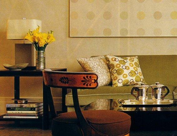 Фотография: Гостиная в стиле Классический, Современный, Эклектика, Декор интерьера, Текстиль, Подушки – фото на INMYROOM