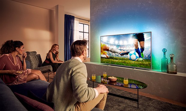 Фотография:  в стиле , Цвет в интерьере, Советы, Philips, свет, телевизор, Ambilight – фото на INMYROOM