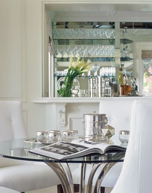 Фотография: Кухня и столовая в стиле Современный, Дом, Дома и квартиры, Интерьеры звезд – фото на INMYROOM