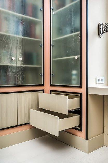 Фотография: Мебель и свет в стиле Прованс и Кантри, Кабинет, Интерьер комнат – фото на InMyRoom.ru