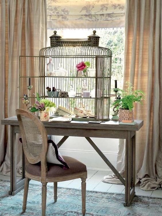 Фотография: Кабинет в стиле Прованс и Кантри, Декор интерьера – фото на INMYROOM