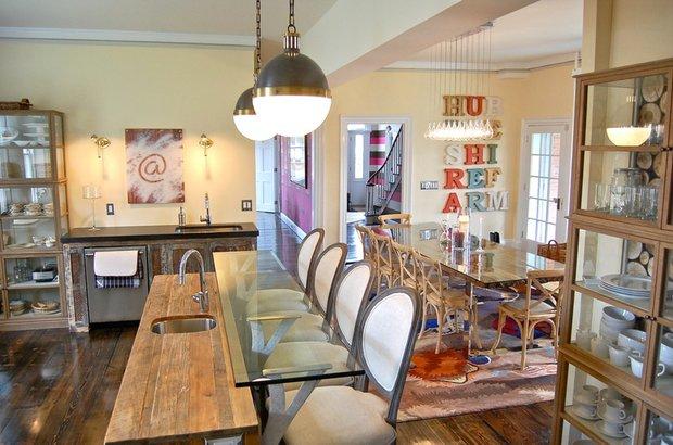 Фотография: Кухня и столовая в стиле Лофт, Современный, Дом, Дома и квартиры, Интерьеры звезд – фото на INMYROOM