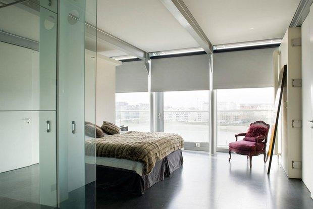 Фотография: Спальня в стиле Современный, Квартира, Дома и квартиры, Лондон, Панорамные окна – фото на INMYROOM