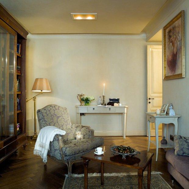 Фотография: Гостиная в стиле Прованс и Кантри, Классический, Современный, Декор интерьера, DIY, Декоративная штукатурка – фото на INMYROOM