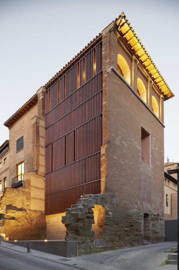 Фотография:  в стиле Современный, Дома и квартиры, Городские места, Архитектурные объекты – фото на INMYROOM