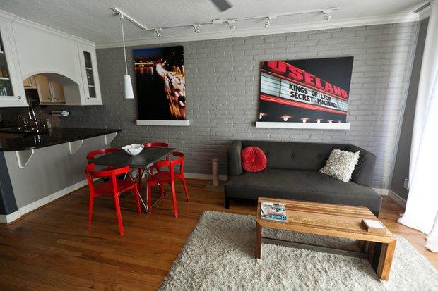 Фотография: Гостиная в стиле Лофт, Интерьер комнат, Декор, Советы – фото на INMYROOM
