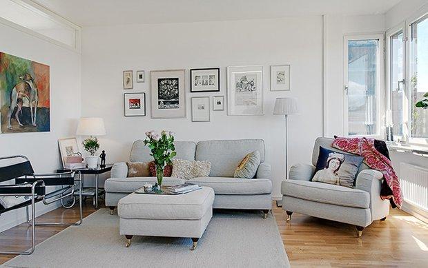 Фотография: Гостиная в стиле Прованс и Кантри, Советы, как совместить спальню с гостиной, как обустроить в одной комнате две зоны, зонирование комнаты – фото на INMYROOM