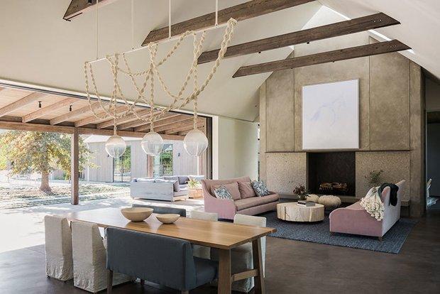 Фотография: Гостиная в стиле Прованс и Кантри, Дом и дача – фото на INMYROOM