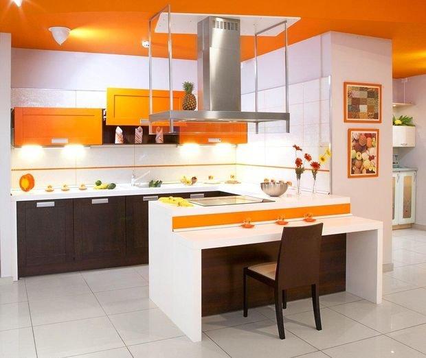 Фотография: Планировки в стиле , Кухня и столовая, Декор интерьера, Квартира, Дом, Декор, Оранжевый – фото на INMYROOM