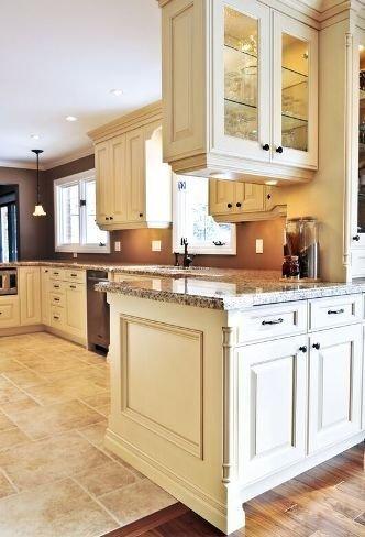 Фотография: Кухня и столовая в стиле Прованс и Кантри, Квартира, Мебель и свет, Советы – фото на INMYROOM