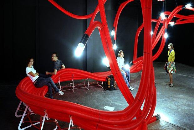 Фотография: Мебель и свет в стиле Современный, Декор интерьера, Текстиль, Индустрия, События, Обои, Посуда, Ткани, Маркет, Плитка, Maison & Objet, Плед, Бытовая техника – фото на INMYROOM