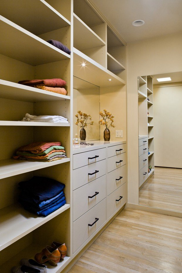 Фотография: Мебель и свет в стиле , Гардеробная, Хранение, Интерьер комнат – фото на INMYROOM