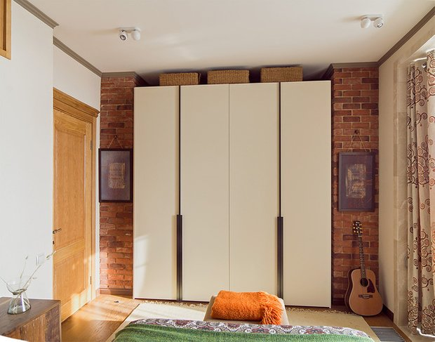 Фотография: Спальня в стиле Прованс и Кантри, Лофт, Декор интерьера, Квартира, Дома и квартиры, Илья Хомяков, Стена – фото на INMYROOM