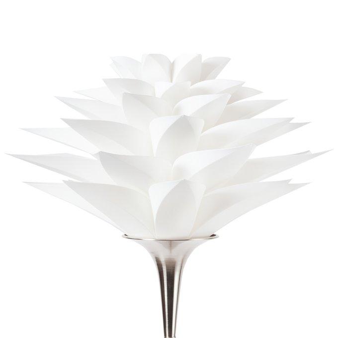 Торшер Artik с белым плафоном в виде цветка