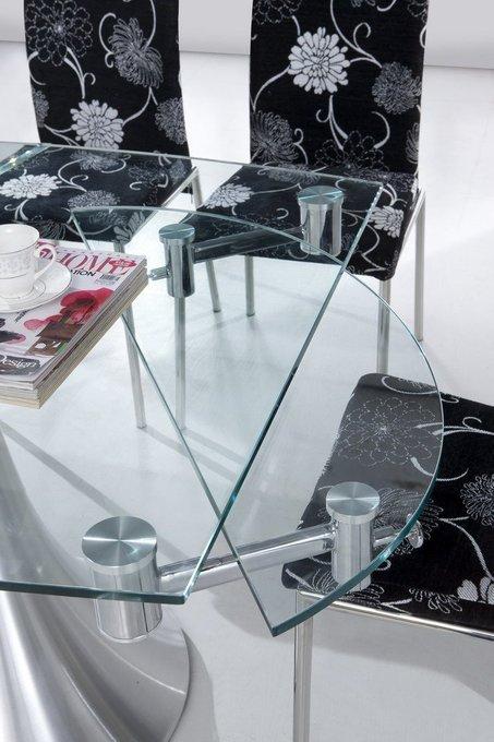 Раскладной обеденный стол со стеклянной столешницей